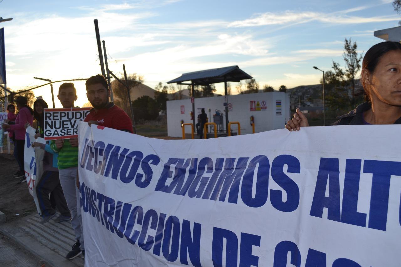 """""""NO NEGOCIACIONES EN LO OSCURITO"""" EN PERMISOS PARA DISTRIBUIDORAS DE GAS"""