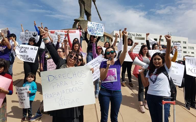 PROTESTAN POR VIOLENCIA CONTRA LAS MUJERES