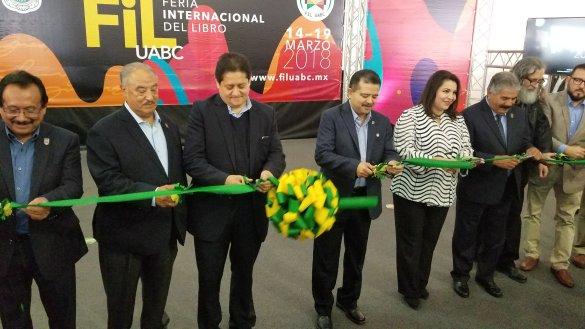 INICIA FERIA DEL LIBRO EN UABC MEXICALI