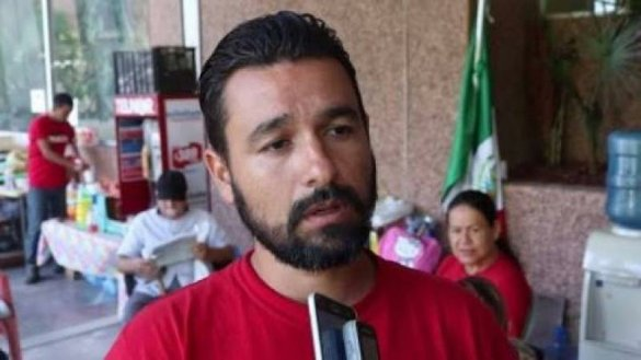 """DETIENE PGJE A LEON FIERRO, DIRIGENTE DE """"MEXICALI RESISTE"""""""