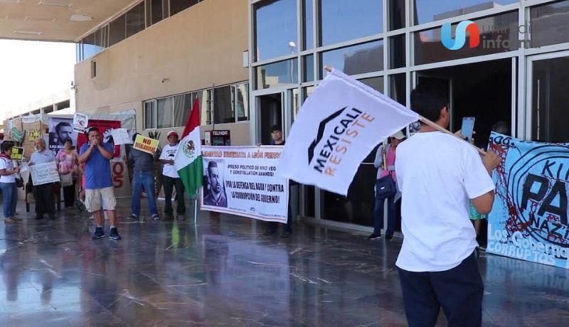"""""""MEXICALI  RESISTE"""" SUBEN LA RUMOROSA Y ESTARÁN EN DEBATE PRESIDENCIAL"""
