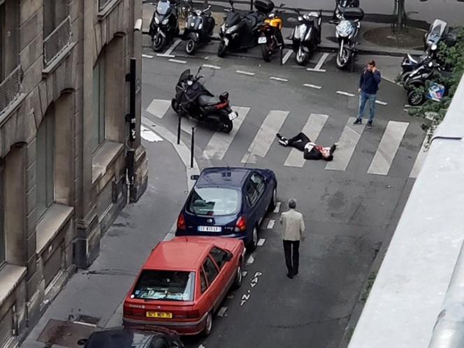 DOS MUERTOS Y CUATRO HERIDOS EN ATAQUE CON CUCHILLO EN FRANCIA.El atacante fue batido