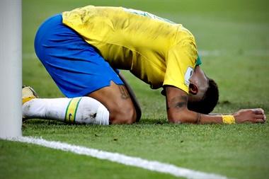 URUGUAY Y BRASIL  FUERA  DEL MUNDIAL. Francia Derrota a Uruguay 2-0  y Belgica 2-1 a Brasil