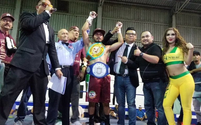 """""""Torito"""" Sustaita es Campeón Municipal de Boxeo en Peso Mosca"""