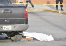 Resultado de imagen para matan a hombre en sobre ruedas del Murua en Tijuana