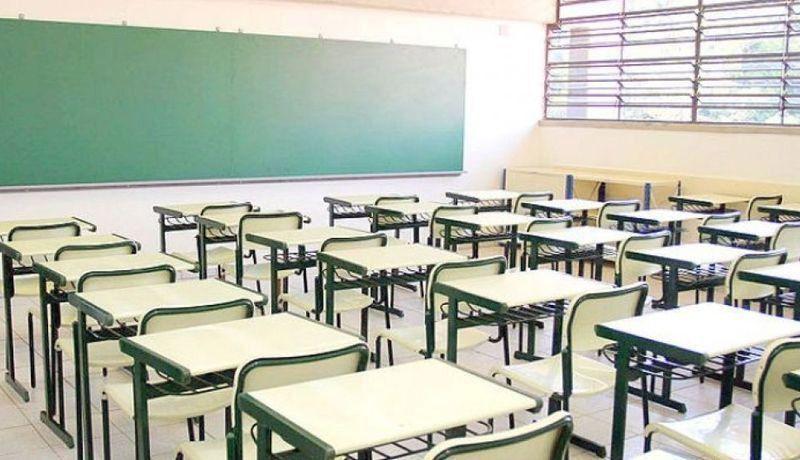 CONTINUA PARO DE LABORES DE MAESTROS  DE LA SECCIÓN 37 .Paran labores maestros del COBACH