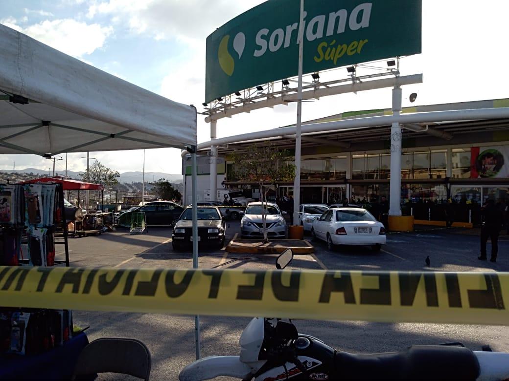 SEIS MUERTOS EN DOS ATAQUES ARMADOS EN TIJUANA. Atacan camioneta de valores,civiles heridos
