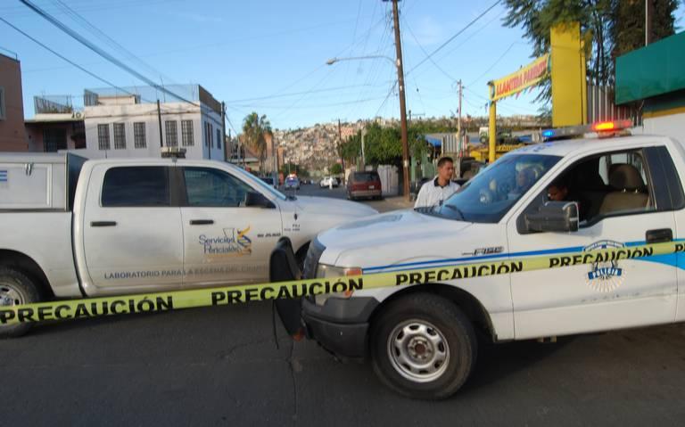 ENCUENTRAN CUERPO HUMANO CALCINADO EN ROSARITO.Liberan a menor secuestrado en Tijuana