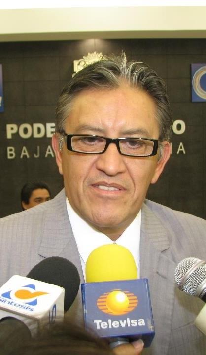 CURIOSIDAD.JORGE HERAS EN TELEVISA MEXICALI.Por Antonio Heras