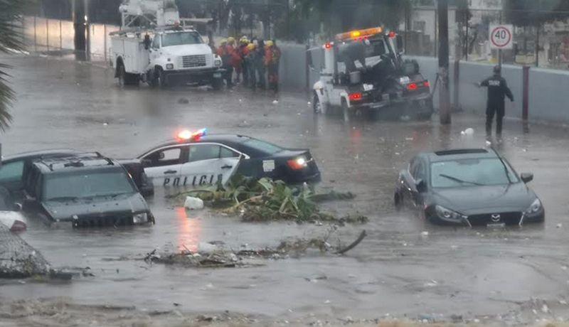 APLICA EJÉRCITO PLAN DN III E .Video de inundación en la colonia Castillo