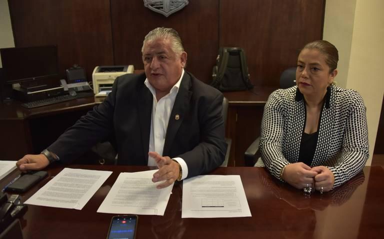 AMADOR RODRIGUEZ ACUSA A DIPUTADOS DE OPOSICIÓN DE INTENTAR EXTORSIONAR
