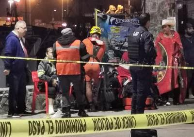 COLAPSA PUENTE MUELLE, DURANTE FESTIVAL DE LAS LUCES EN ENSENADA.12 lesionados