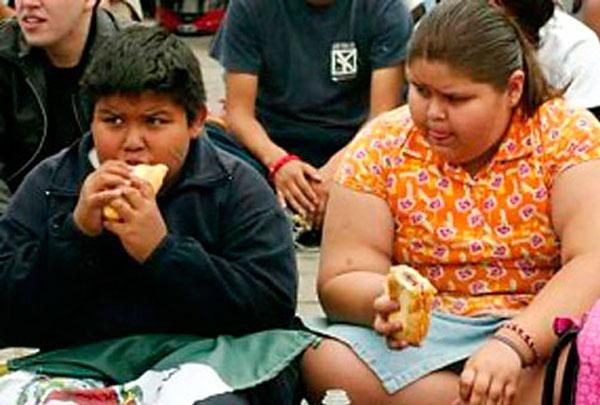 OBESIDAD,TRABAJO Y EXPLOTACIÓN, MATA A 90 NIÑOS EN MÉXICO POR COVID 19.Menores de 14 años