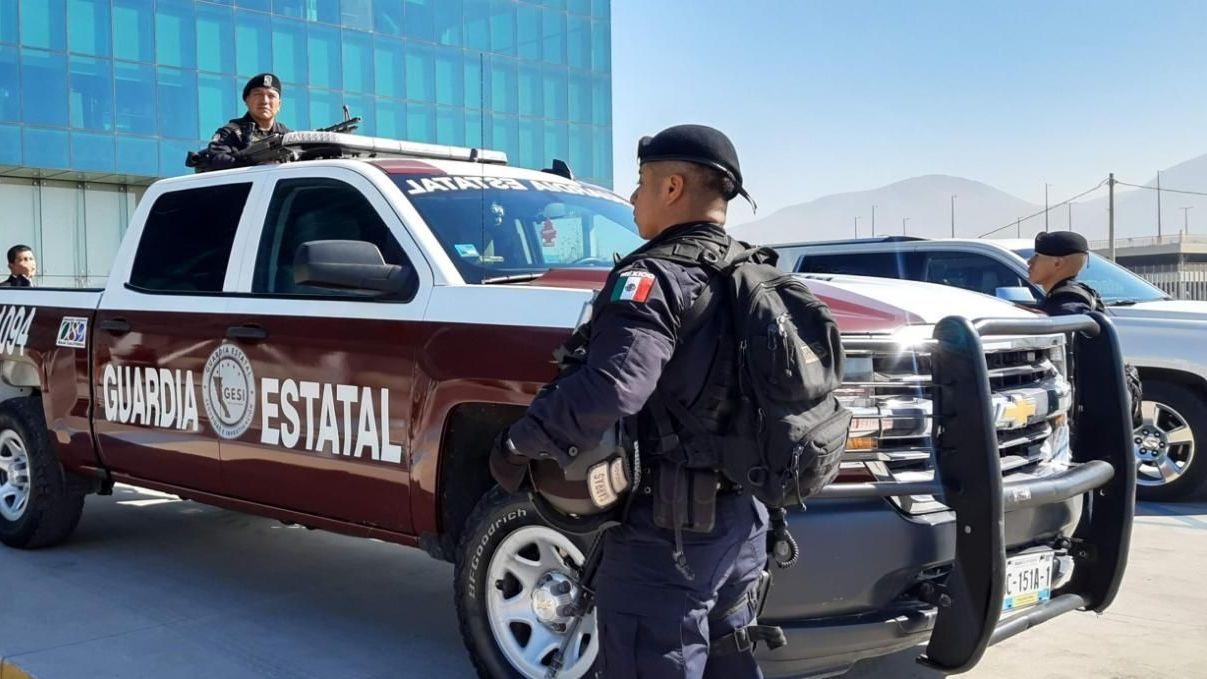 AGENTES DE GUARDIA ESTATAL Y CUSTODIOS TRABAJAN BAJO PROTESTA. Por descuentos «fantasma» en sus salarios