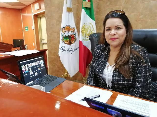 DENUNCIAN A PRESIDENTA DEL CONGRESO DE BAJA CALIFORNIA.Usurpó y suplantó identidad,cobró 600 mil pesos