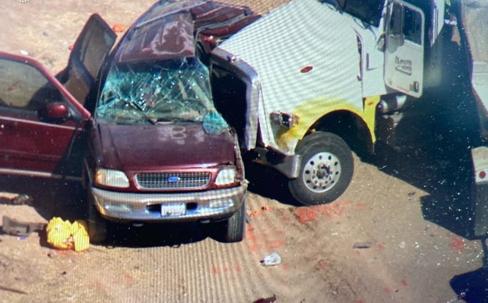 MUEREN 10 MEXICANOS EN ACCIDENTE AUTOMOVILÍSTICO EN CALIFORNIA