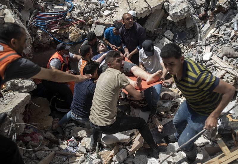 BOMBARDEO ISRAELÍ A GAZA, 33 MUERTOS,ENTRE ELLOS OCHO NIÑOS