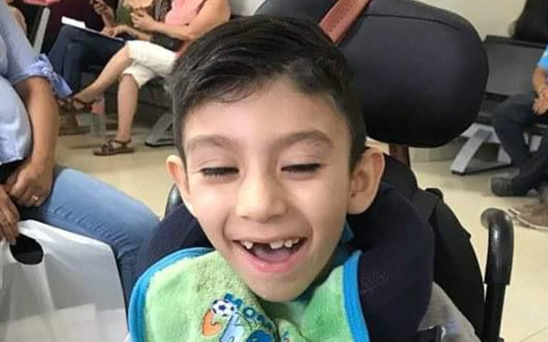 Dylan padece Lipofuscinosis Ceroide neuronal infantil tardía tipo 2 (CLN2).Fue operado con éxito en HG.